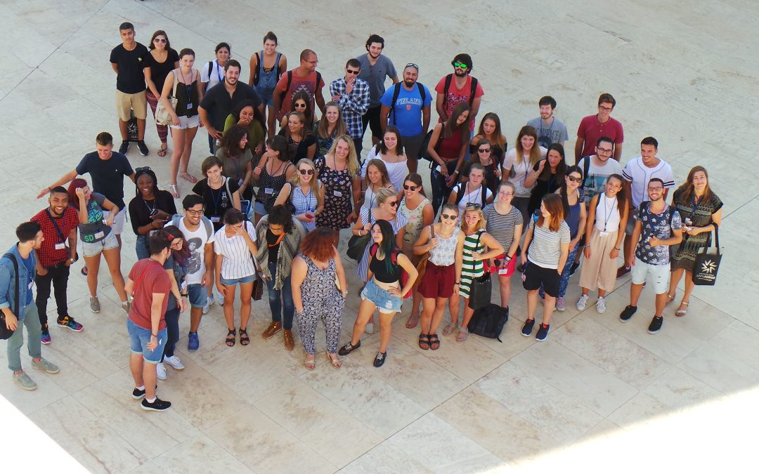 Semester begins with the Welcome Sessions and the Intensive Spanish course