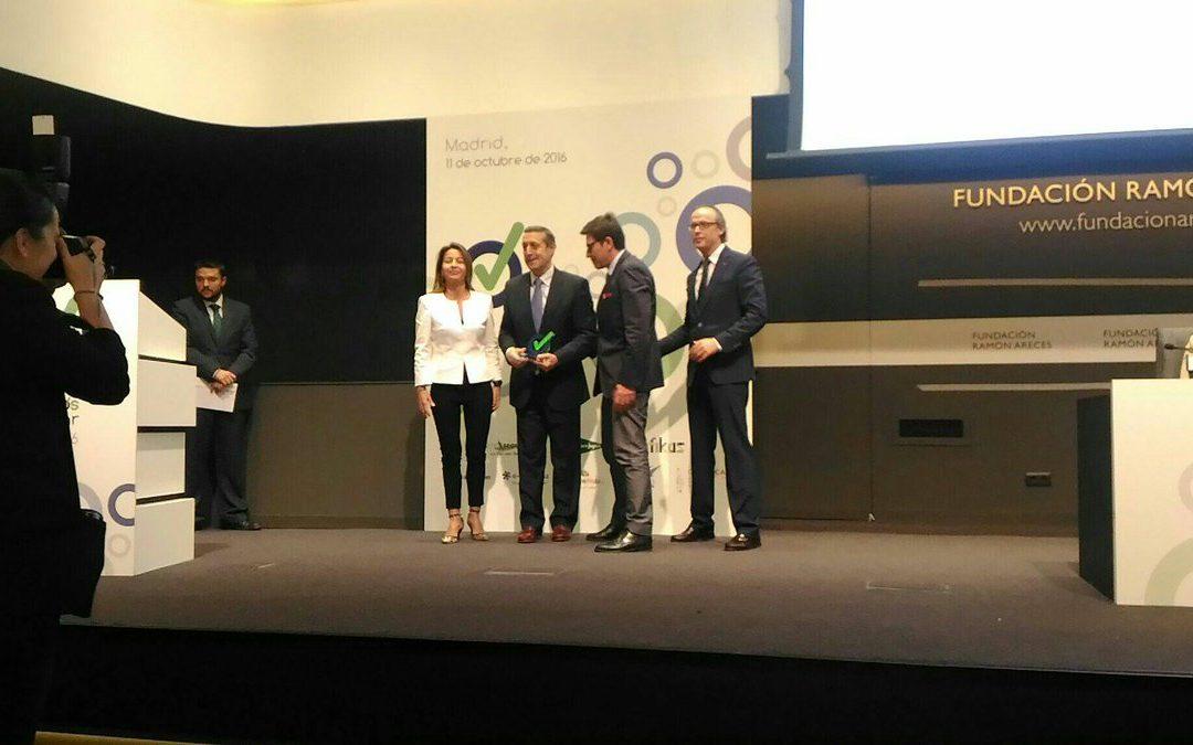 """La cátedra """"Empresa Sana"""" recibe el Premio a la Mejor Práctica Preventiva"""