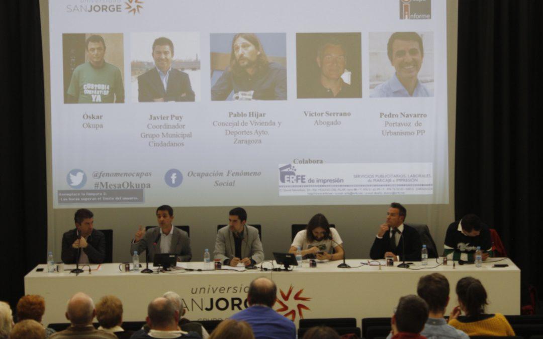 Alumnos de Periodismo organizan una mesa redonda sobre la ocupación