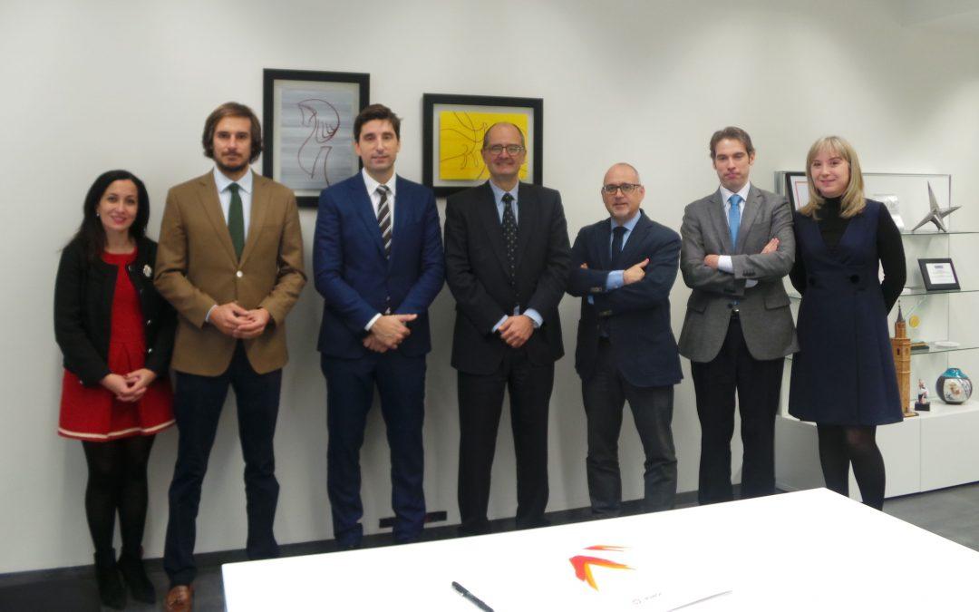 La Universidad San Jorge firma un convenio de colaboración con Deloitte