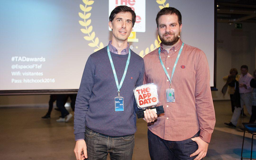 El ex alumno de la USJ Javier Cobos, premiado por la mejor app española del año