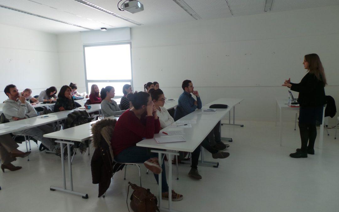 La Universidad San Jorge ayuda a los alumnos a saber hablar en público
