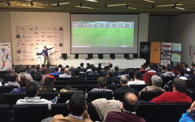 El entrenador del Girona FC, en la tercera jornada del III Ciclo de charlas sobre aspectos tácticos del futbol