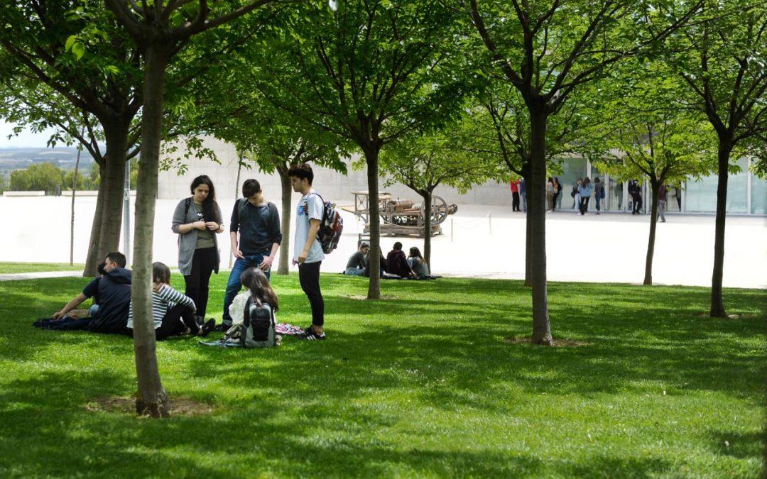 La Universidad San Jorge inscribe su huella de carbono y refuerza su compromiso con el cambio climático
