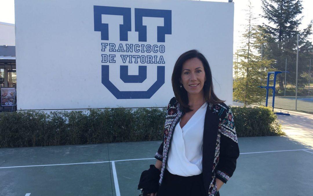 El grado en Farmacia asiste a un encuentro farmacéutico en la Universidad Francisco de Vitoria