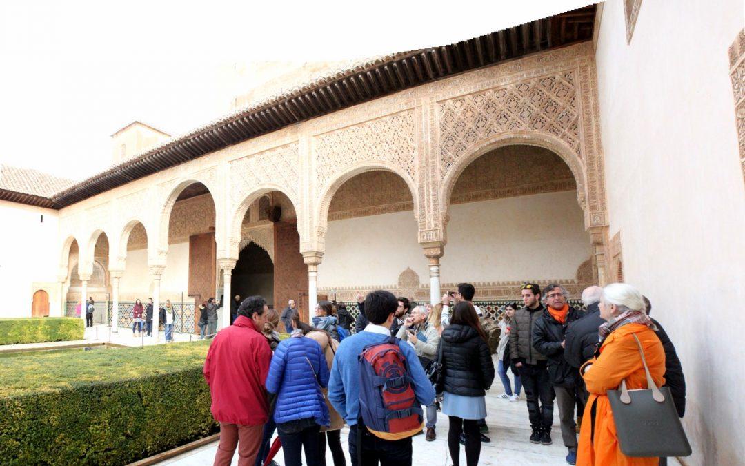 Alumnos de Arquitectura realizan un viaje de estudios a Granada