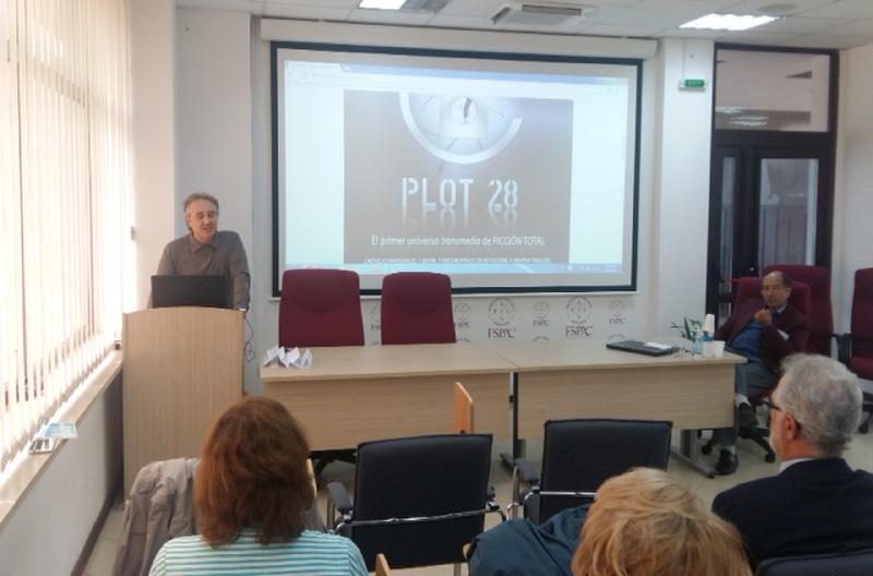 Javier Hernández, decano de la Facultad de Comunicación y CCSS, en CLUJ Rumania