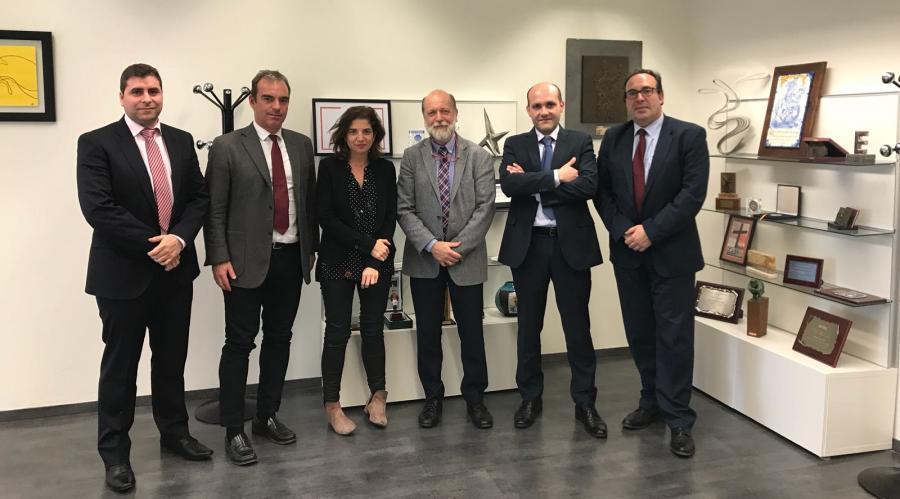 Josep Lluís Segú comparte jornada de trabajo con el Consejo Digital del Grupo San Valero