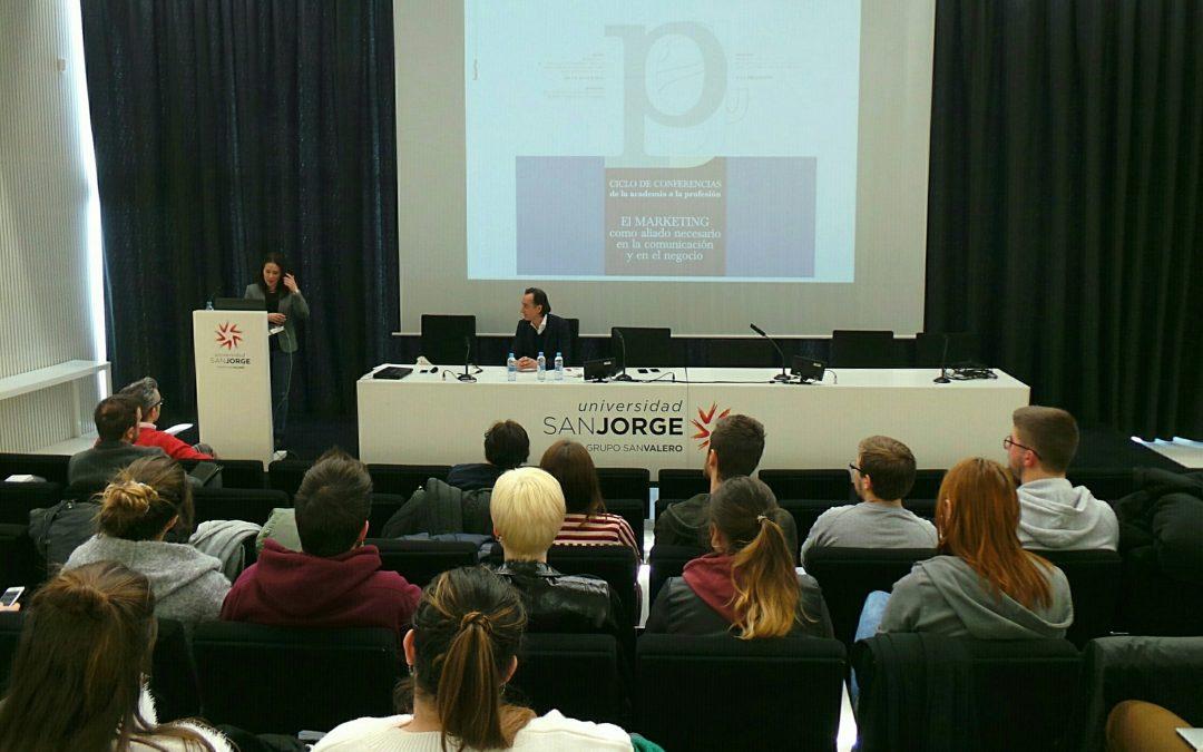 El marketing y la comunicación, protagonistas de la primera conferencia del ciclo De la academia a la profesión