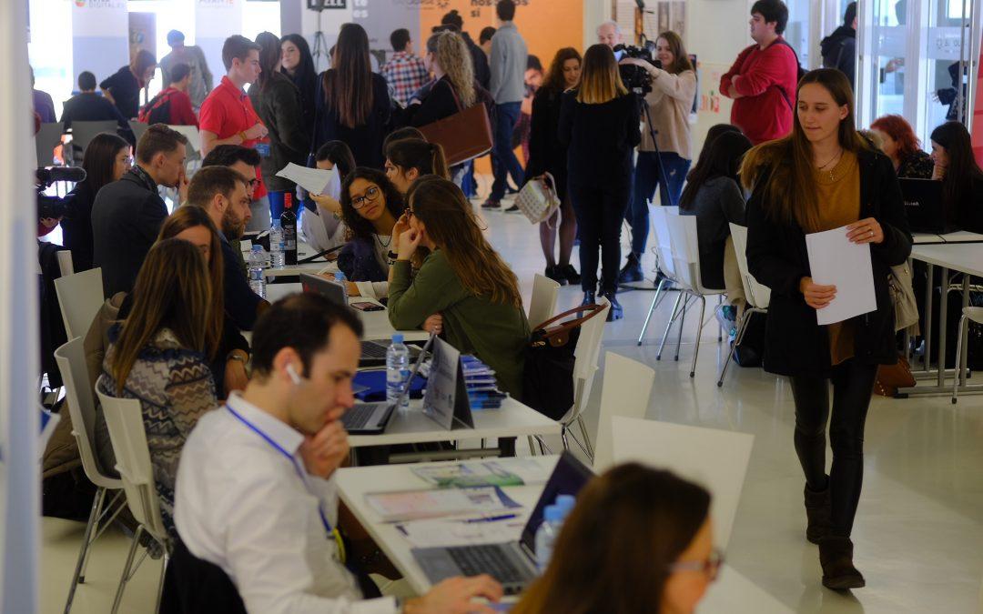 Más de 70 empresas constatan el talento de los alumnos en USJ Connecta