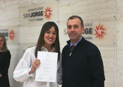 Elena Cardona Usán, del grado en Enfermería