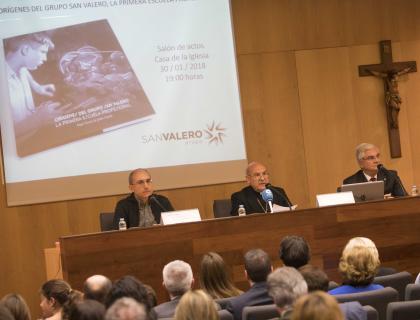 """Presentación del libro """"Orígenes del Grupo San Valero. La primera Escuela Profesional"""" de Ángel García de Jalón Comet"""