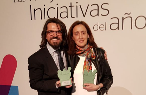 Ana Saez-Benito y Edgar Abarca, profesores del grado en Farmacia, ganan dos premios de Correo Farmacéutico a las mejores iniciativas del año