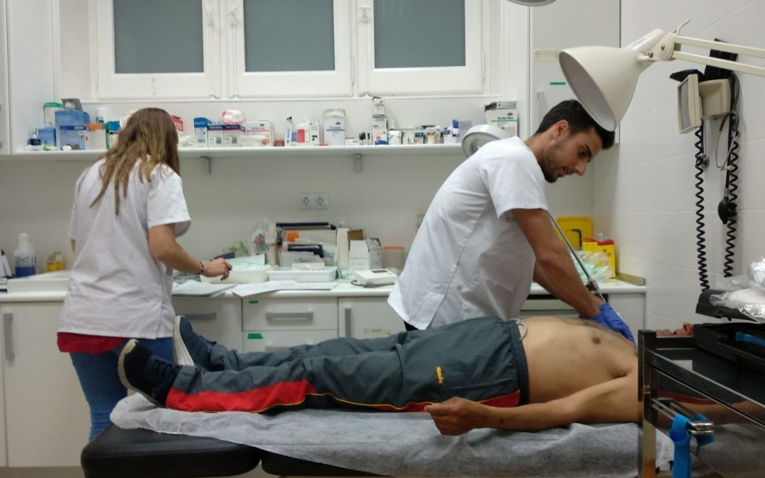 Alumnos de Fisioterapia colaboran en proyectos de ApS