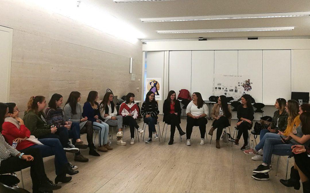 La USJ organiza un café coloquio para analizar el papel de la mujer en el sector tecnológico