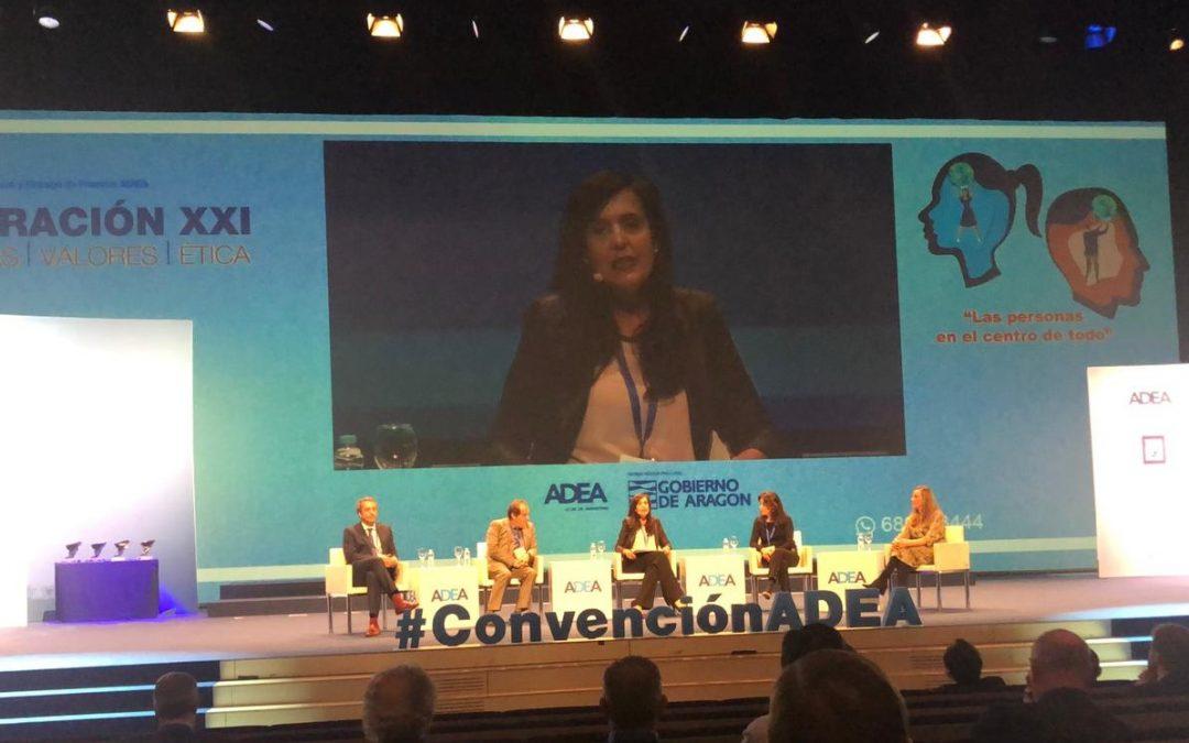María Jesús Vinacua, adjunta al rector en Dirección y Desarrollo de Personas, participa en la IX Convención de la Asociación de Directivos y Ejecutivos de Aragón
