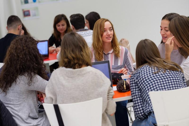 El 86% de los egresados de la promoción 2017 está trabajando y 9 de cada 10 antiguos alumnos recomienda la Universidad San Jorge