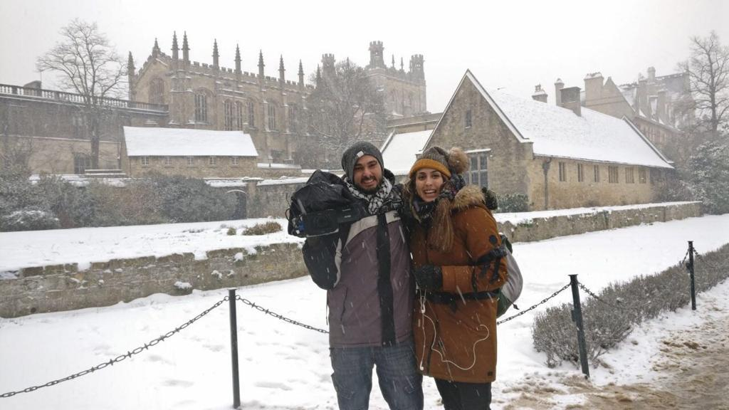 "Laura Anadón, egresada de Periodismo de la USJ, recorre el planeta como reportera de ""Aragoneses por el mundo"""