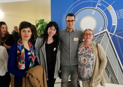 Alumnos y mentores en USJ Connecta Talento