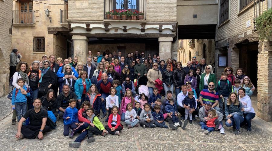 Excursión familiar de los centros del Grupo San Valero a Alquezar