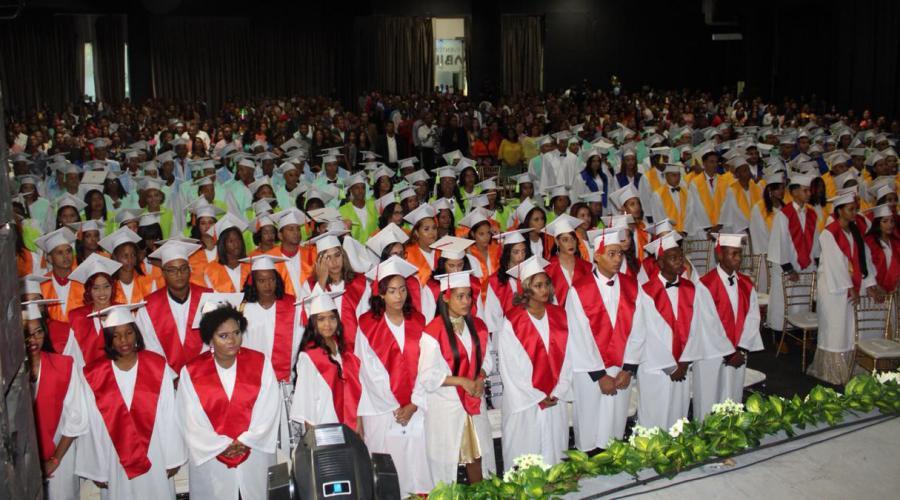 La Fundación Dominicana San Valero celebra su XX Graduación en su 25 aniversario