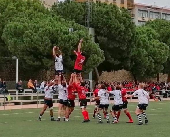 Primera derrota de la temporada del USJ Fénix contra el CAU Valencia