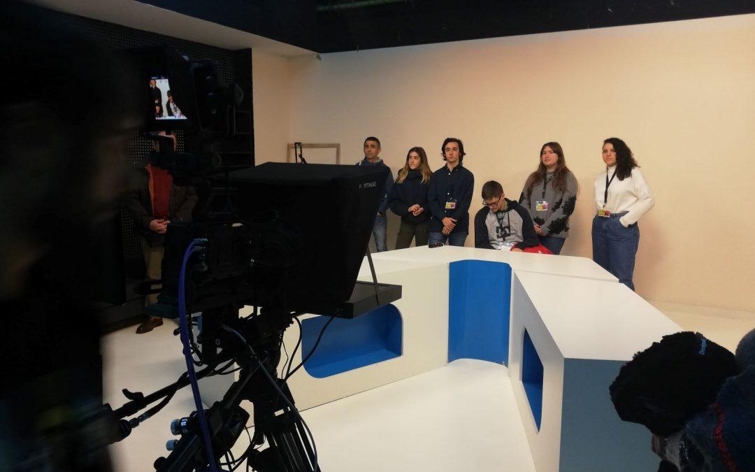 La primera jornada de puertas abiertas del curso congrega en la USJ a 150 jóvenes y sus familias
