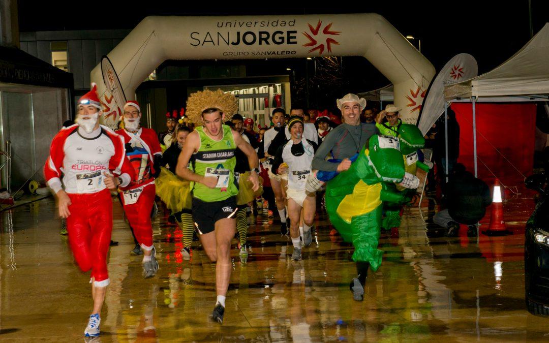 Daniel Tolosa e Inés Donoso ganan la 5K Navidad USJ