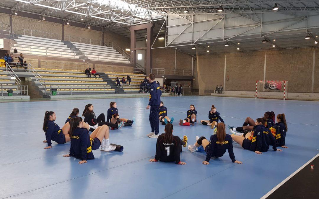 Dos egresados de la USJ consiguen la medalla de plata en la Copa de España de Balonmano como seleccionadores del equipo cadete femenino de Aragón