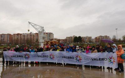 60 senderistas completan las '4 leguas del Gállego' que unen Zaragoza y la Universidad San Jorge