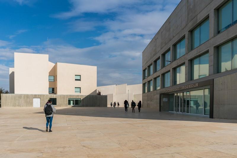 La Universidad San Jorge continuará su actividad de modo 'online' hasta que el Gobierno de Aragón permita restablecer las clases presenciales en todo el sistema educativo