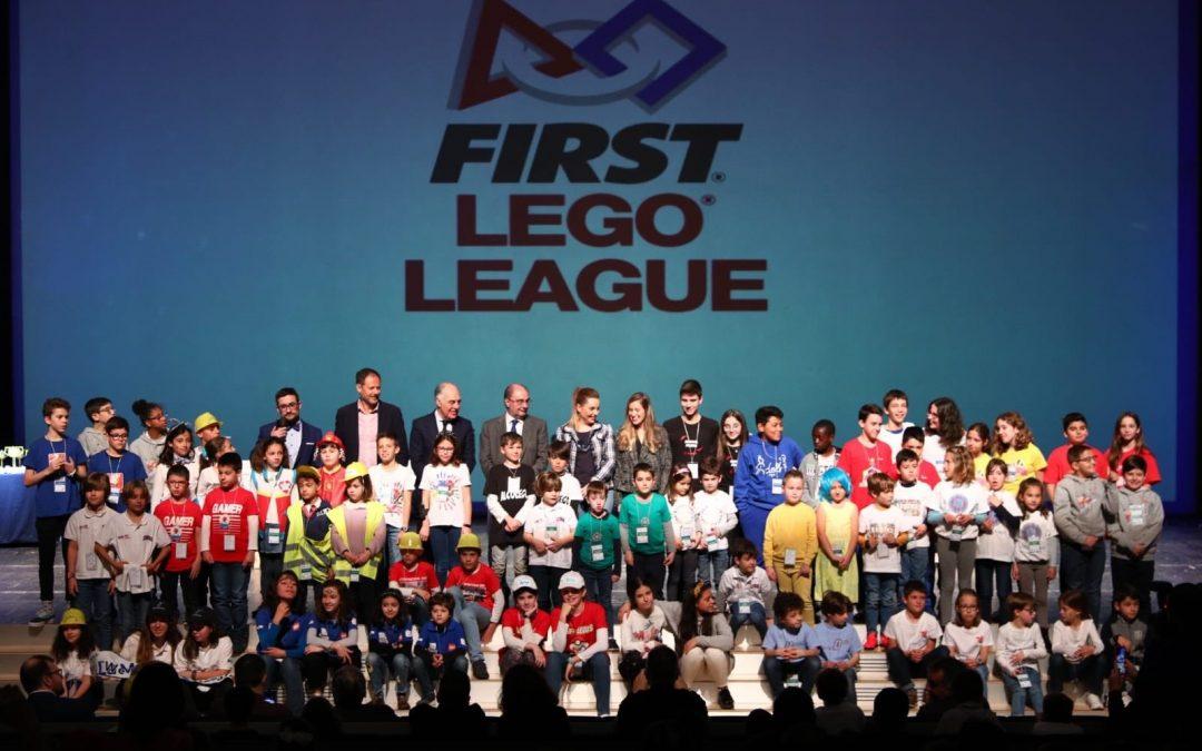La Universidad San Jorge patrocina el evento First Lego League, un programa para jóvenes que permite descubrir la diversión por la ciencia, la tecnología y las matemáticas