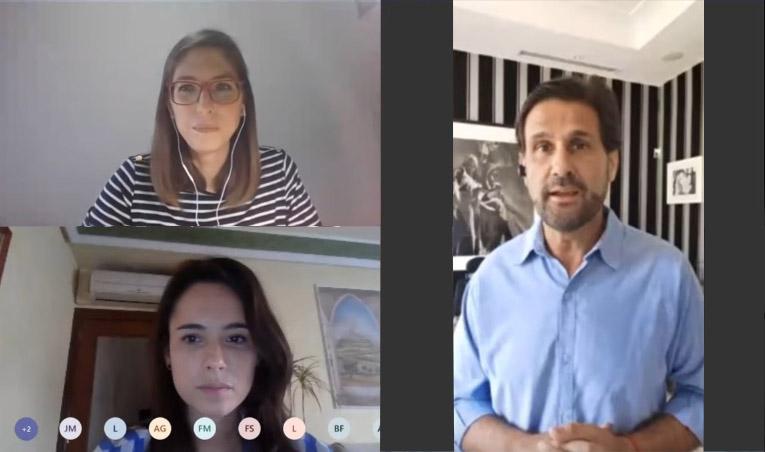 Momento de la videoconfernecia Liderazgo Resiliente con Antonio Sola