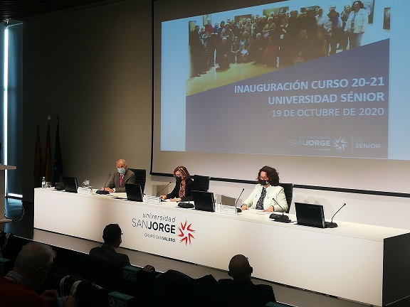 Momento de la inauguración de la Universidad Sénior de la USJ