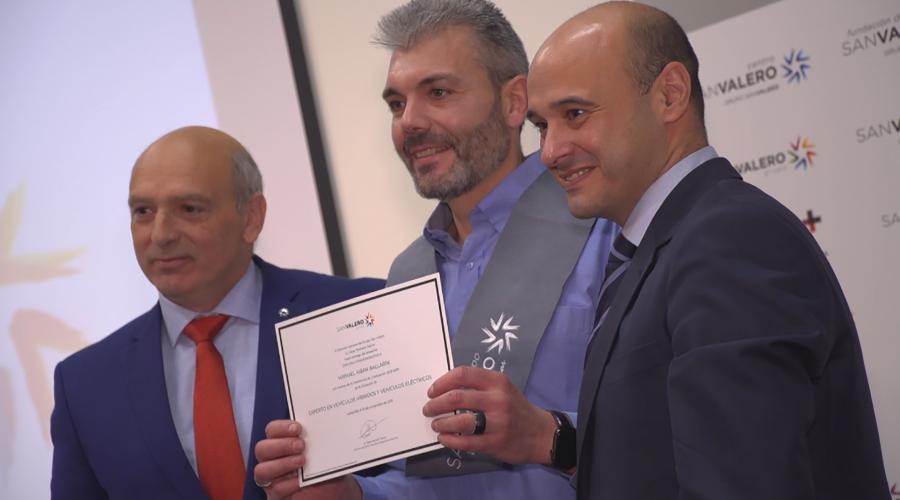 Grupo San Valero reconoce con insignias digitales la adquisición de aprendizajes diferenciales