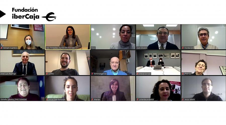 Grupo San Valero recibe el apoyo de las fundaciones Ibercaja y CAI para becas en República Dominicana