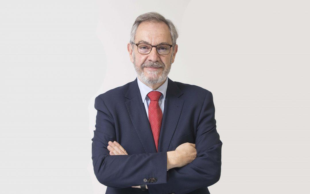 """Pedro Baringo, en el suplemento """"Perspectivas 2021"""" de Heraldo"""