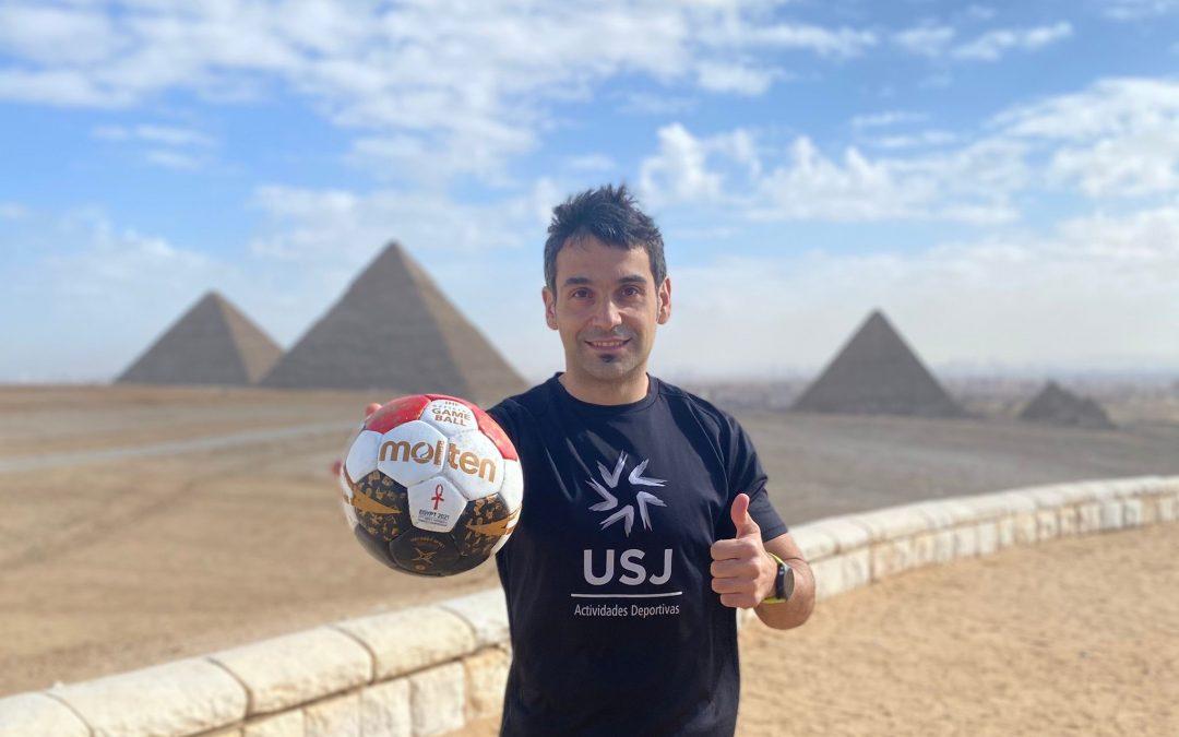 El profesor de la USJ Toño Cartón vive su primer mundial de balonmano como preparador físico de la selección egipcia