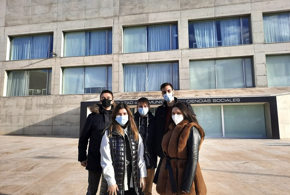 Cinco alumnos de Periodismo presentan un exhaustivo proyecto de investigación sobre el fenómeno de la ocupación