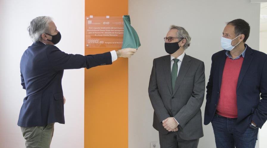 Centro San Valero y Fundación Orange inauguran el primer espacio GarageLab de Aragón