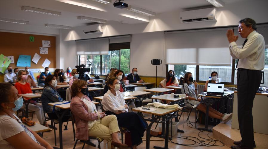 Carlos Andreu ofrece al personal de Grupo San Valero las claves para encontrar la motivación