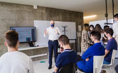 Cerca de veinte empresas colaborarán en el nuevo programa de Prácticas Connecta Empresa de la Universidad San Jorge