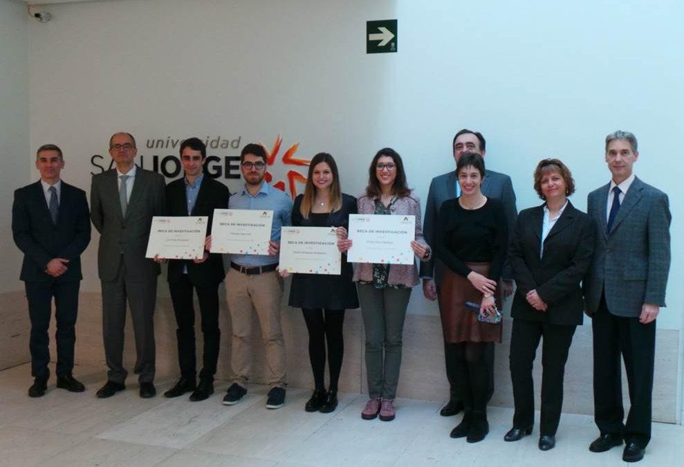 Entrega de las Becas de la Cátedra Novaltia a cinco alumnos de Farmacia de la USJ