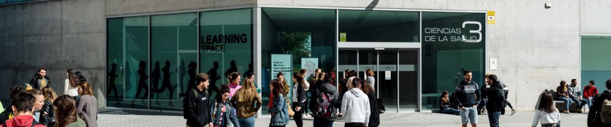 Foto panorámica de la Facultad de Ciencias de la Salud.Organigrama, instalaciones, estudios.