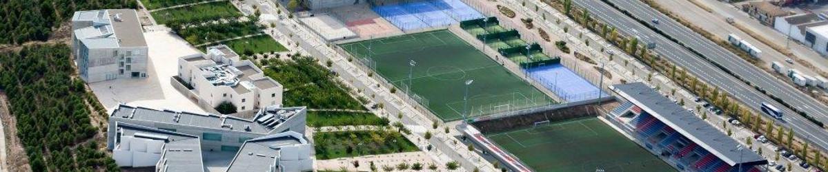 Foto panorámica del campus universitario de la Universidad San Jorge.