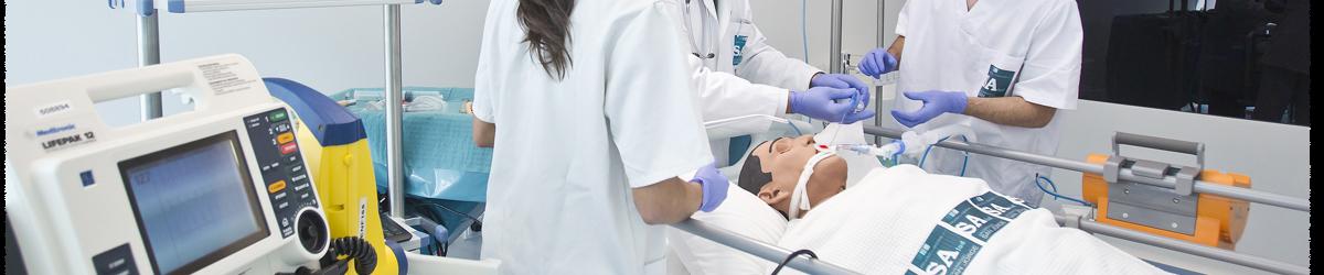 Alumnos del Master Universitario en Investigación en Ciencias de la Salud realizando prácticas