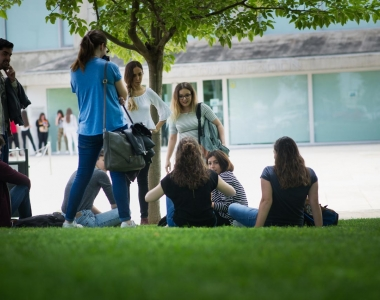 Plan de formación para los titulados de la Universidad San Jorge