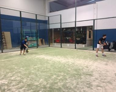 El pádel es una sección deportiva de la Universidad San Jorge