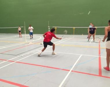 El bádminton es una sección deportiva de la Universidad San Jorge