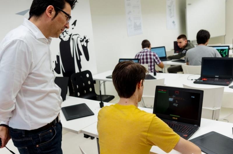Alumnos del doble grado en Ingeniería Informática&Diseño y Desarrollo de Videojuegos